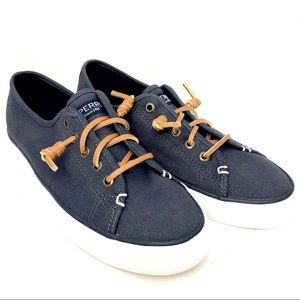 Sperry women's navy blue with leather lace size 7M